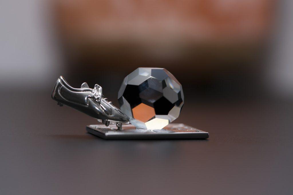 Piłkę